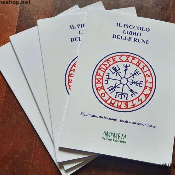 Il piccolo libro delle rune Selene Shop