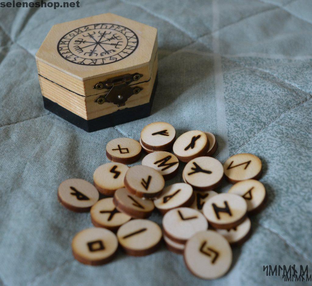 scatola vegvisir rune legno incise