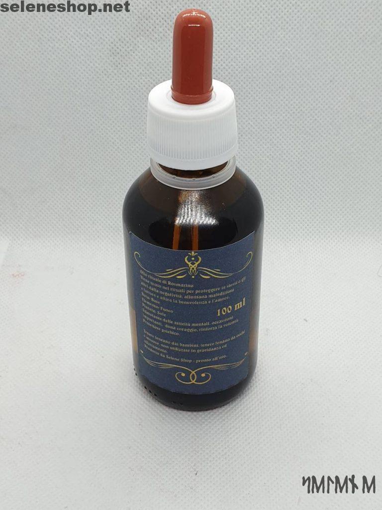 Uso dell'olio rituale al rosmarino