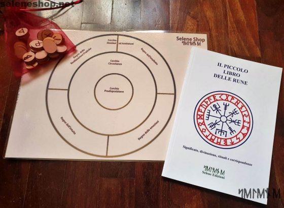 Kit runico completo di Rune in legno, libro delle rune e plancia divinazione